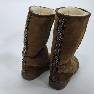 Ugg hard sole boots wool shearling euc tan